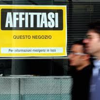 (Italiano) Incendio di un immobile concesso ad uso locazione commerciale: a chi spetta pagare?